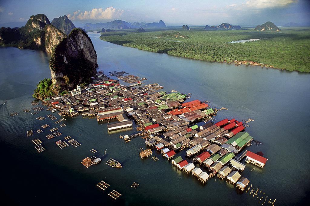 Село Такуа Тхунг збудоване на палях