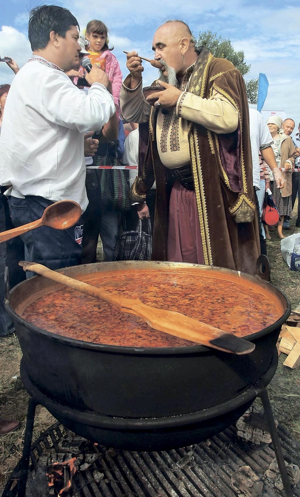 Фестиваль борщу під час Сорочинського ярмарку